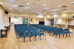 3_L107_活動室可容納120人